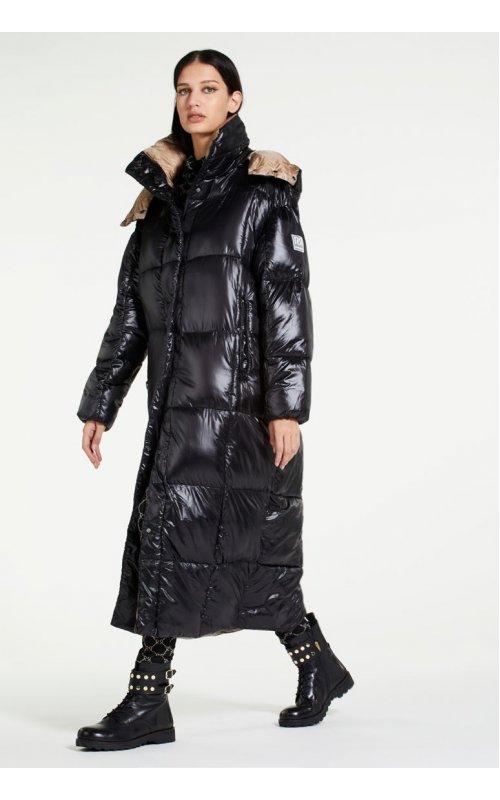 Черная длинная куртка с капюшоном RINASCIMENTO 99341