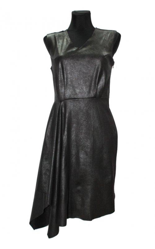 Черное платье со сборкой справа IMPERIAL A4187C007
