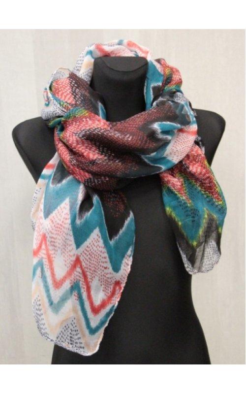 Стильный шарф с принтом